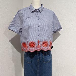Zara   Blouse   Embroidery  Size Large